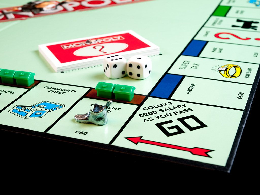 Monopoly - online board games